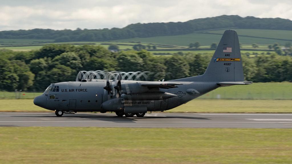 USAF   Lockheed C-130H Hercules   74-1687