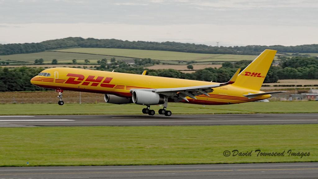 DHL  Boeing 757-256/PCF(W) G-DHKB