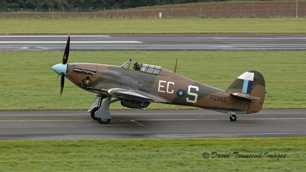 Hawker Hurricane 2C  PZ865