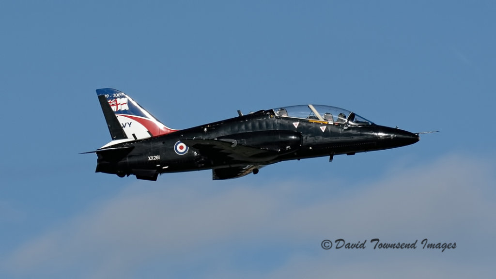 Royal Navy  BAe Hawk T1A    XX261