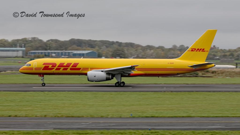 DHL  Boeing 757-236 G-DHKF