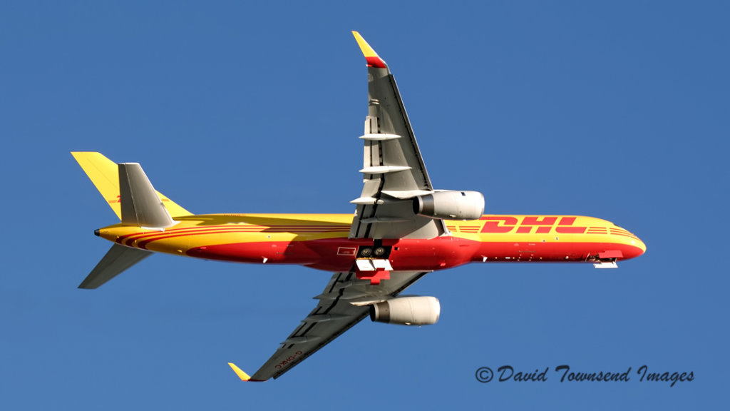 DHL  Boeing 757-256/PCF(W) G-DHKC
