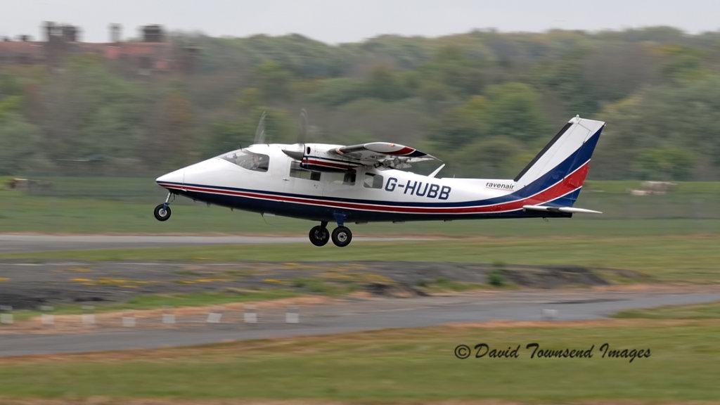 Partnavia P-68B Victor    G-HUBB