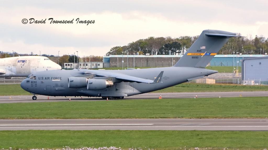 USAF    Boeing C-17A Globemaster III  08-8190