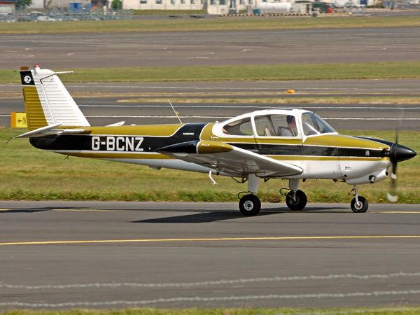 Fuji FA-200-160   G-BCNZ