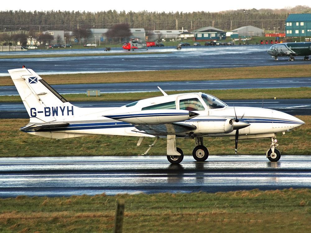 Cessna 310R II  G-BWYH