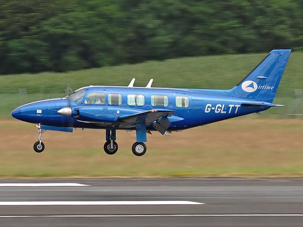 Airtime Aviation   Piper PA-31-350 Navajo Chieftan  G-GLTT