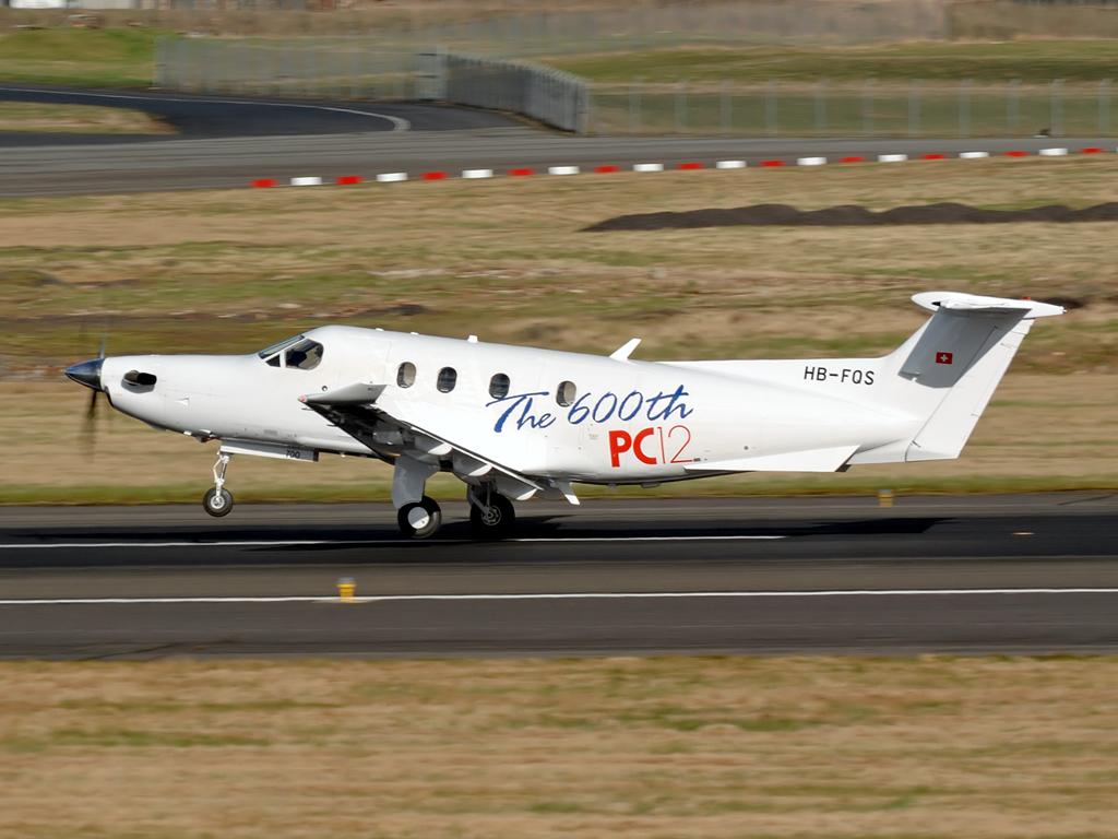 Pilatus  PC-12-47   HB-FQS  (cn 700)