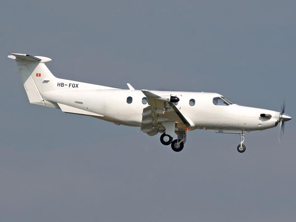 Pilatus PC-12-47   HB-FQX  (cn 806)