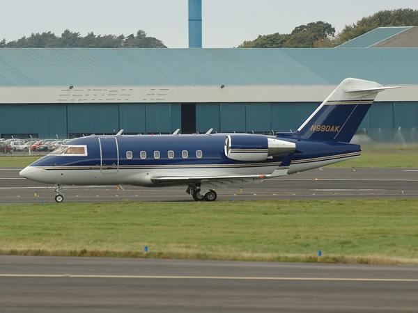 Canadair CL-600-2B16 Challenger    N990AK