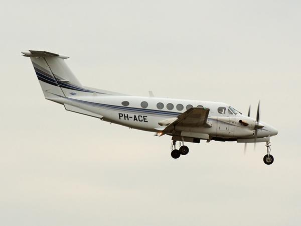 Air Charters Europe     Beech  Super KingAir 300    PH-ACE