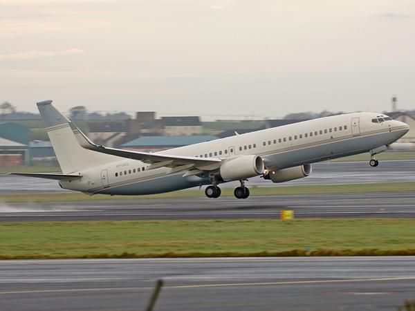 Boeing 737-8DV(BBJ2)   YP-BZL
