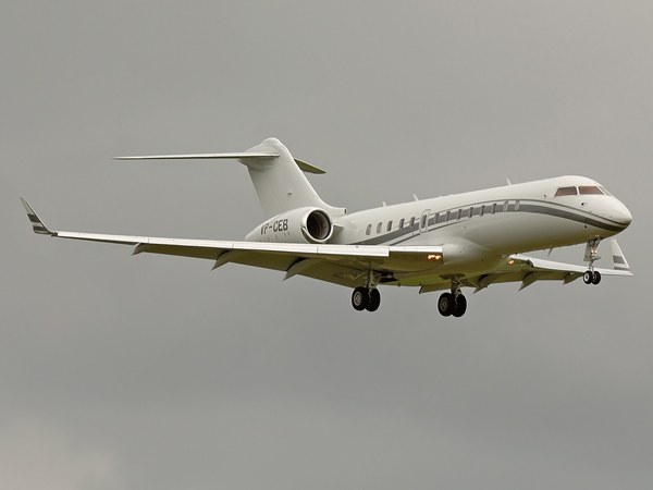 Global Jet Luxembourg     Bombardier BD-700 Global Express      VP-CEB