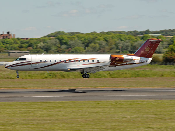 Air Club One   Canadair CL-600-2B19 Challenger 850     VT-ARE