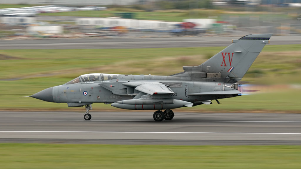 RAF   Panavia     Tornado GR4    ZA602