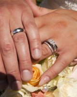28. Rings on Bouquet
