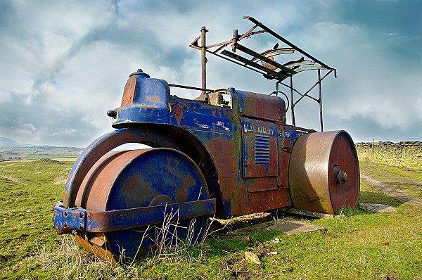 An Averling-Barford Road Roller