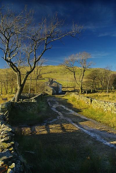 View towards Bullpot Farm