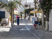 A street in Anti-Paros (b).