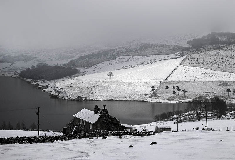 Farmhouse at Dovestone Reservoir