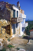 Houses in Old Allonissos
