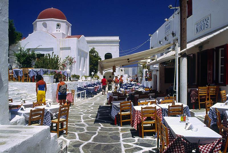 Tavernas in Mykonos Town