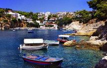 Patitiri Harbour, Allonissos. (a)