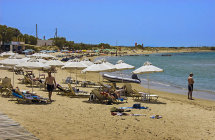 St.Georges Beach. (b)
