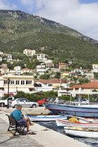 Vathi Harbour. (d)