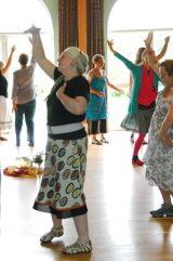 Circle Dancing 15