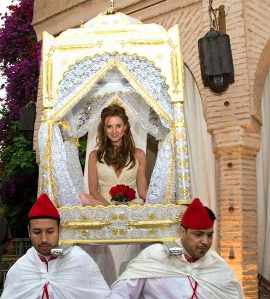 Bride Marrakech throne