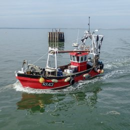 RX43 entering the Harbour
