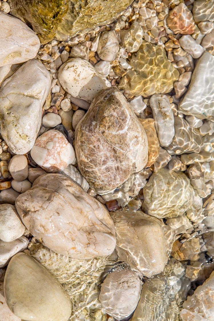 Stones in Nassaki