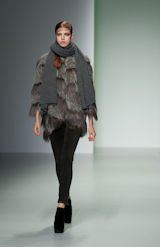 Trend Show Back to Nature Fashion Model with Scarf