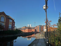 Ashton Canal, Picc Village