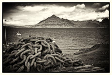 Chains, Elgol.