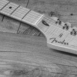 Fender head