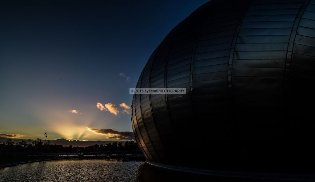 Sunset at Glasgow Science Centre
