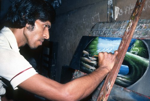 Ahmed Art , rickshaw painter