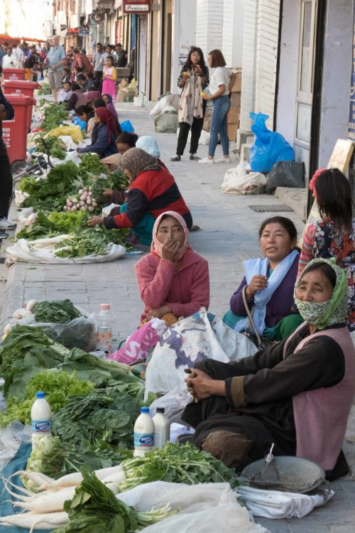 Leh, street market