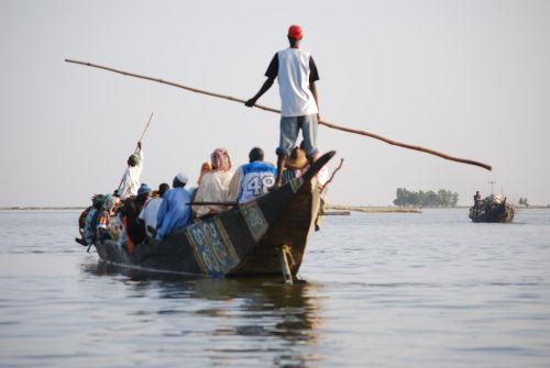 Passenger pirogue, Niger River