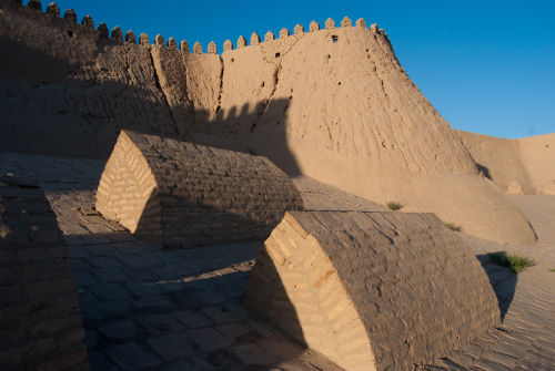 Khiva, town walls with tombs