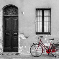 Red Bike in Cannobio