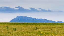 Kelvin–Helmholtz clouds over Eaval from Baleshare