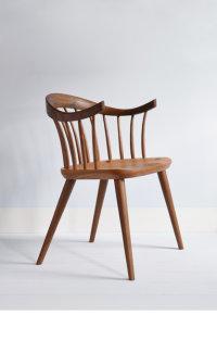 Darwin armchair in walnut