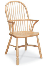 SF4H RICHMOND ARMCHAIR A similar chair to the Stickback Double Bow, but with plainer legs and a more modern-looking pale finish.