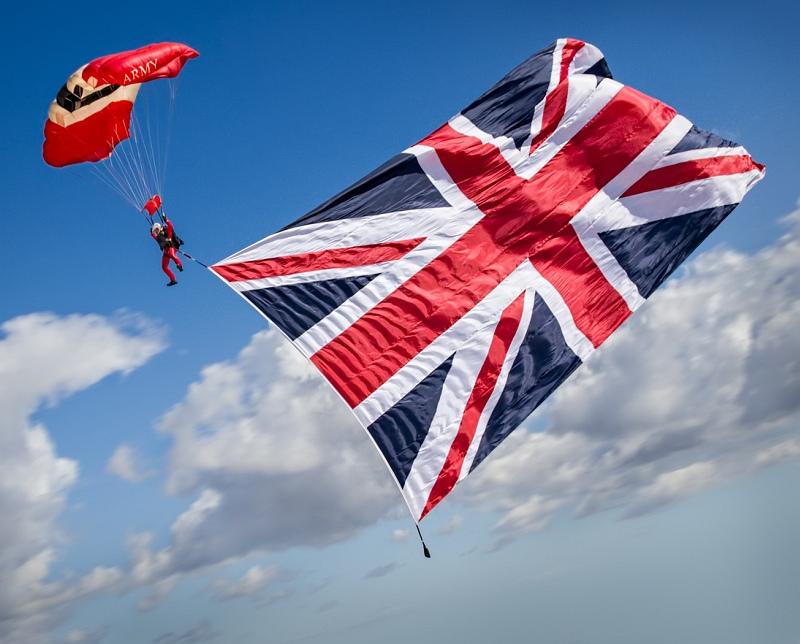 02 Flying the Flag
