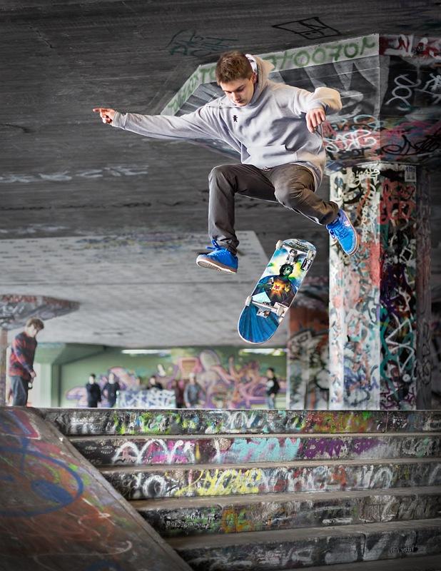 05 Southbank Skateboarder