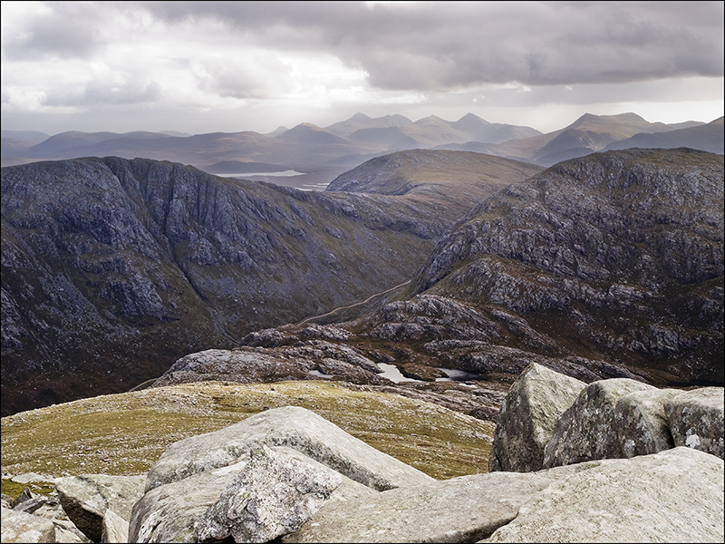 From Mealaisbhal summit-view south to Harris