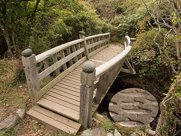Poltesco River Footbridge